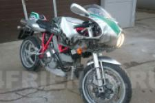 Мотоцикл Ducati - фотография 1