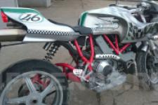 Мотоцикл Ducati - фотография 8